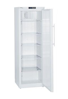 Лабораторные холодильники LIEBHERR с взрывобезопасным внутренним объемом и электронным управлением Comfort